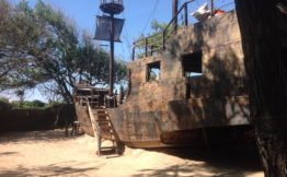 pirate ship Bali